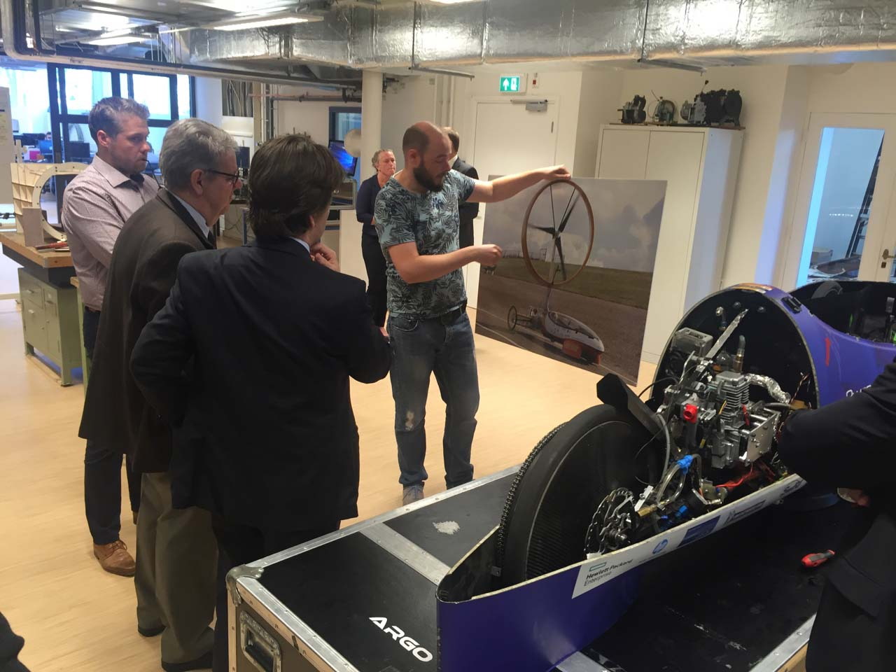 inh_comp_innovation_presentation_to_embraer_location_delft