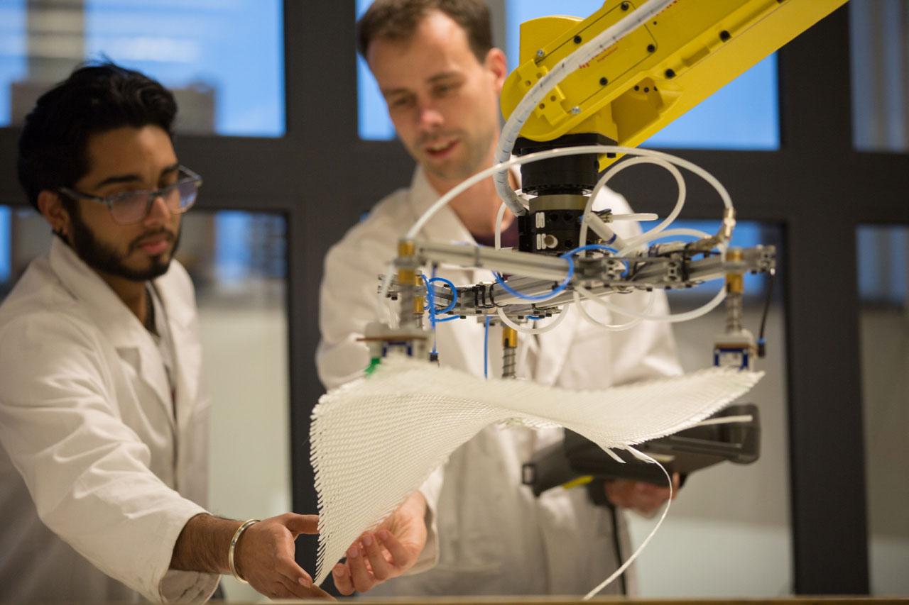 inholland composites practical fanuc robot